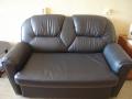 некачественный кожаный диван мебель с браком