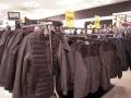 некачественные бракованные куртки пальто